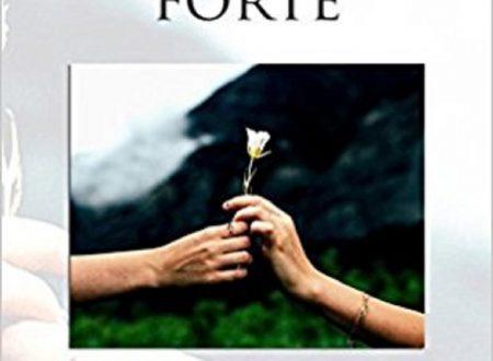 """Segnalazione di """"STRINGIMI FORTE"""" di Roberta Canu"""